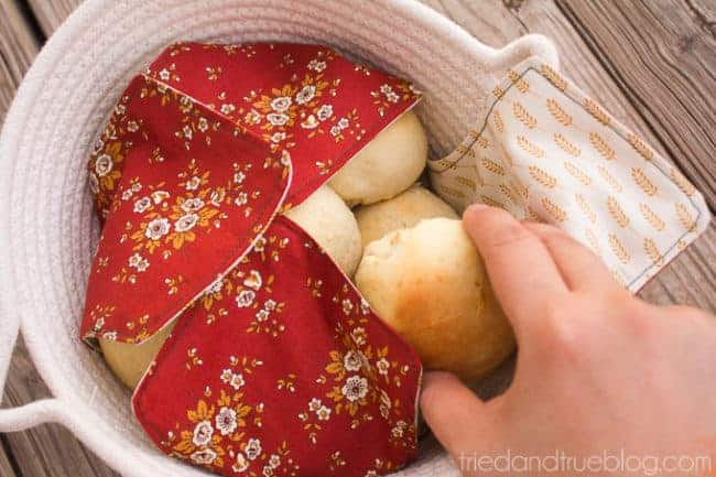 Fabric napkin bread warmer