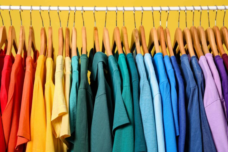 How to Color Coordinate Your Closet