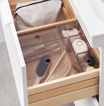 Plastic lidded storage boxes