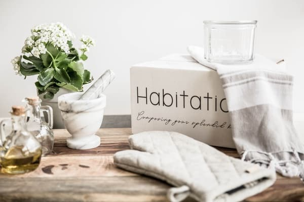 Habitation subscription box