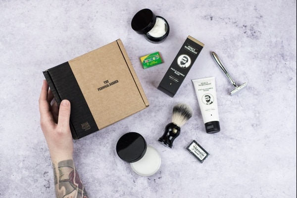 Shaving subscription box