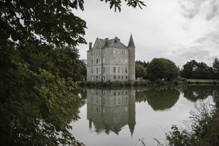 Follow these beautiful French chateau restorations