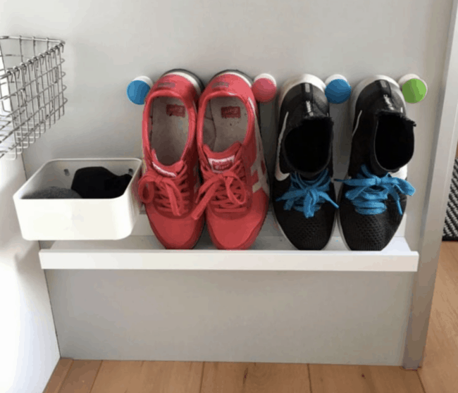 Picture shelf shoe rack.