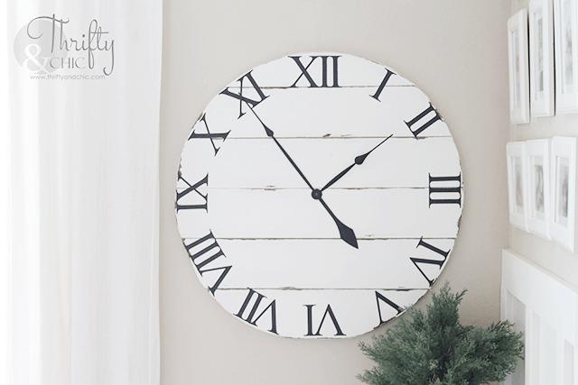 Shiplap wood farmhouse clock
