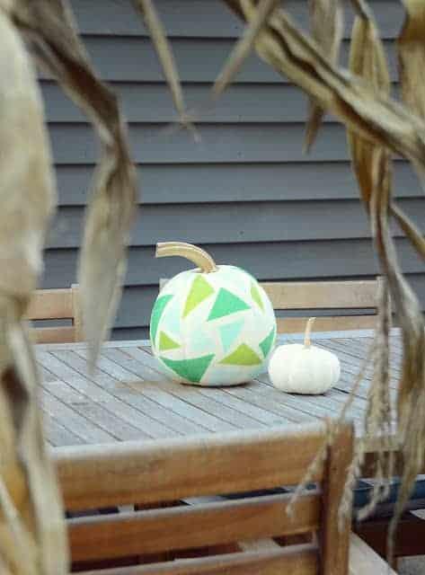 Geometric paper pumpkin