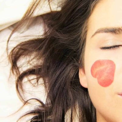 5 Healthy Skin Hacks that are Simple yet so Effective!