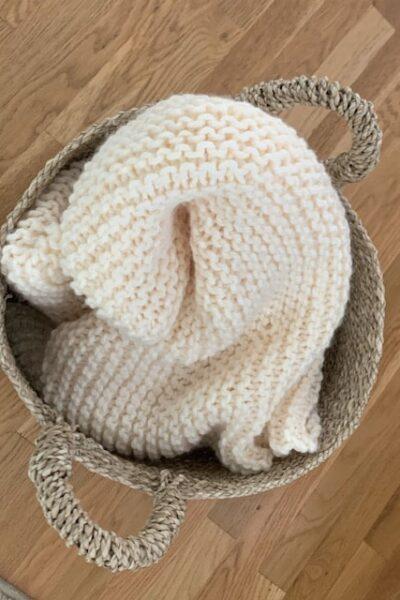 Chunky knit blanket throw