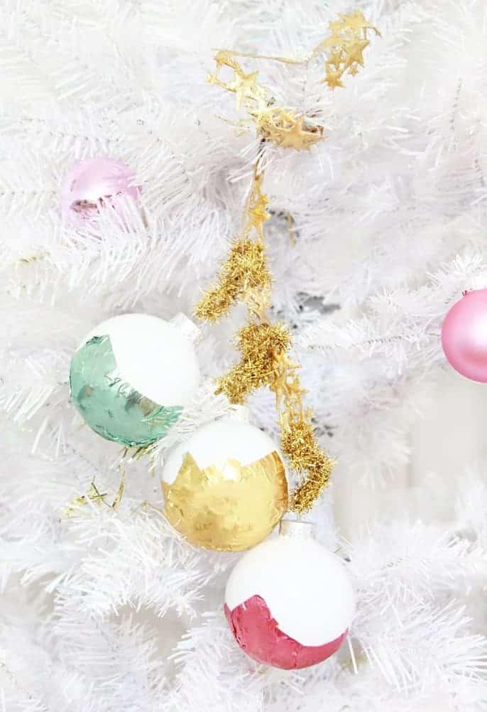 16 DIY Fun & Easy Christmas Ornaments