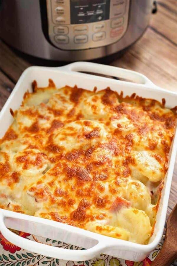 instant-pot-cheesy-scalloped-potatoes