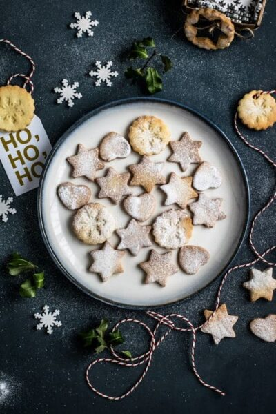 Best Christmas holiday cookbooks from Amazon. #Christmas #Holidays #recipes #cookbooks