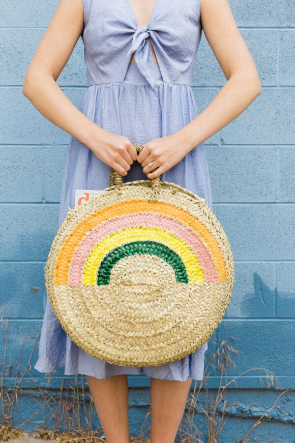 Straw woven tote bag.